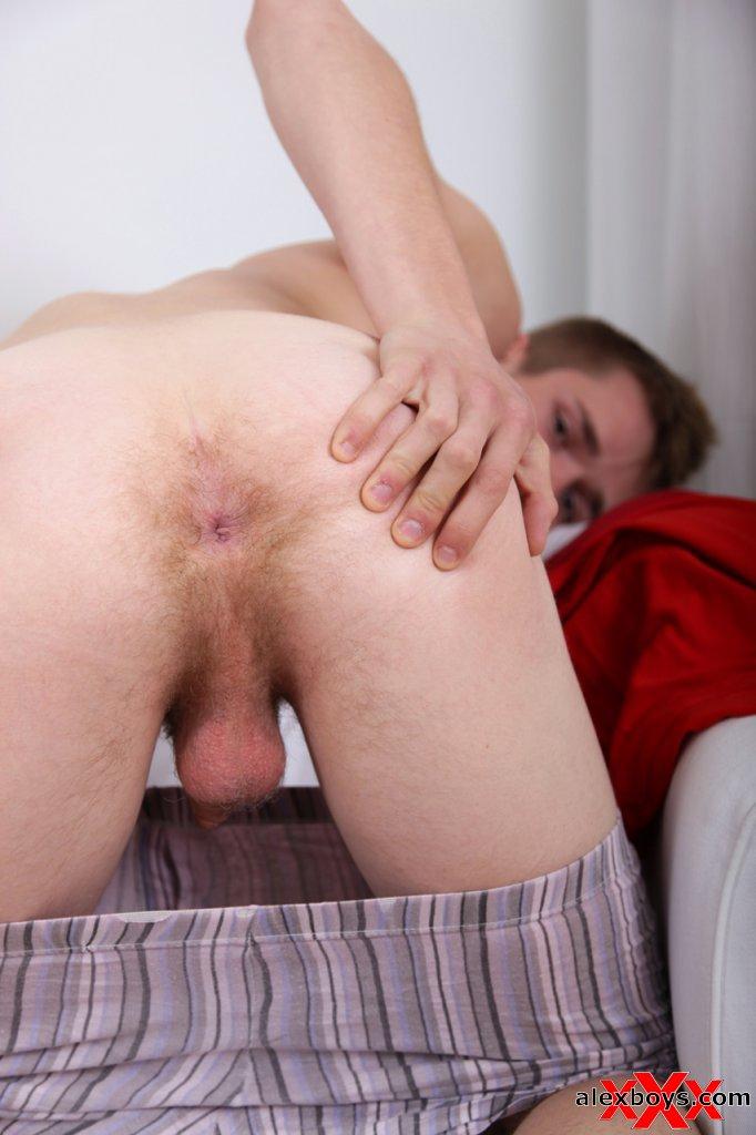 Indo chubby nude ass